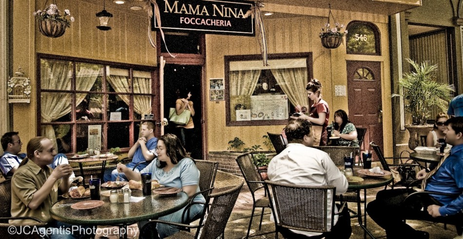 Moma Nina's on Main Street. Bethlehem, Pennsylvania